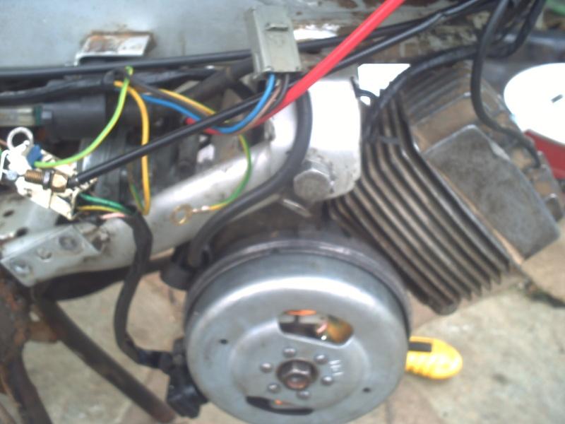 allumage a rupteur ou bas-moteur?  103V de 1983 Pict0410