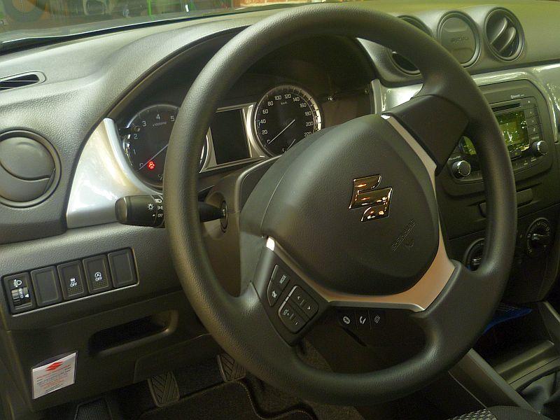 Vitara Grand Luxe (GL) - Comfort edition (Belgium) Suzu610