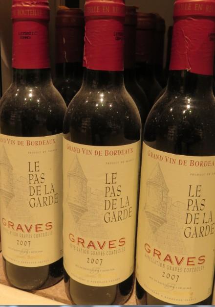 Graves - ( Vin Rouge ) - 176  176_bi13