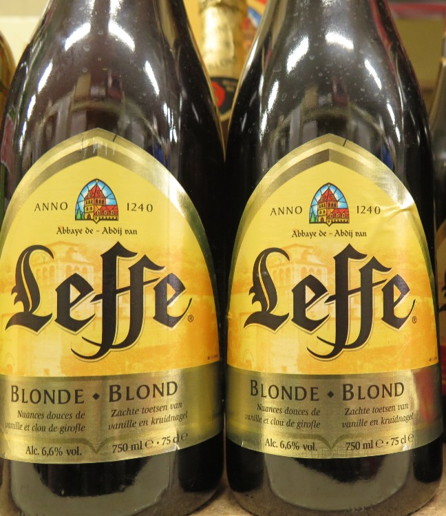 Leffe - ( Bière Blonde) - 378  378_le10