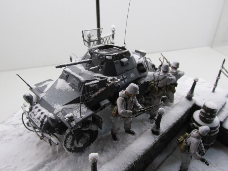 Sd.Kfz 222 sous la neige  - Tamiya - 1/35 Sdkfz_35