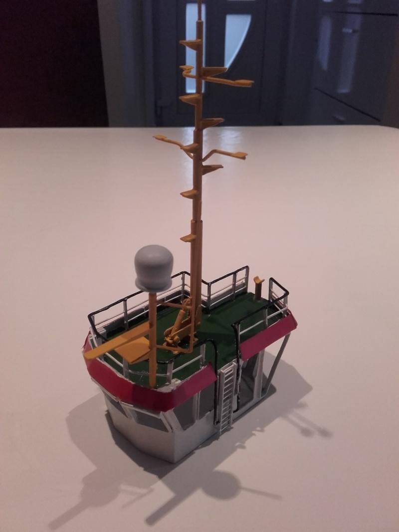 kleiner Springer-TUG Maßstab ~ 1/75 20151025