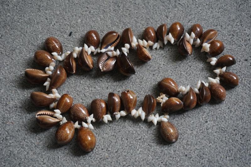Votre avis sur un collier acheté sur un vide-grenier 00111