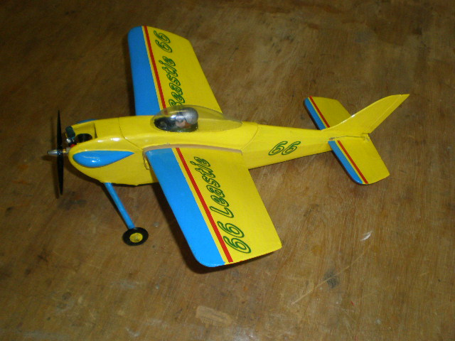.010 size airplanes ? - Page 2 P9120113