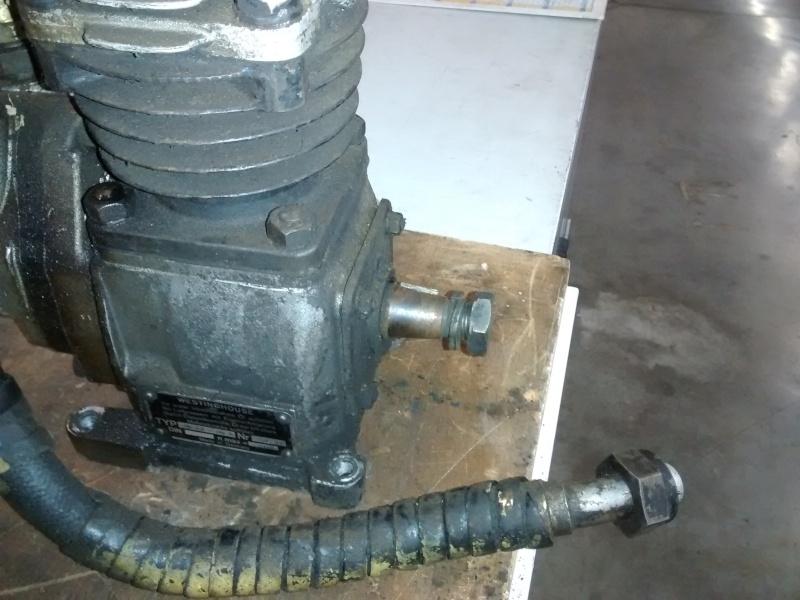Raccord banjo, poulie de pompe hydraulique et autres bricoles... 411 Img_2012