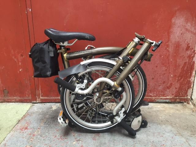 [VENDU] - Vends Brompton M3r Acier laqué avec easy wheel Img_2710