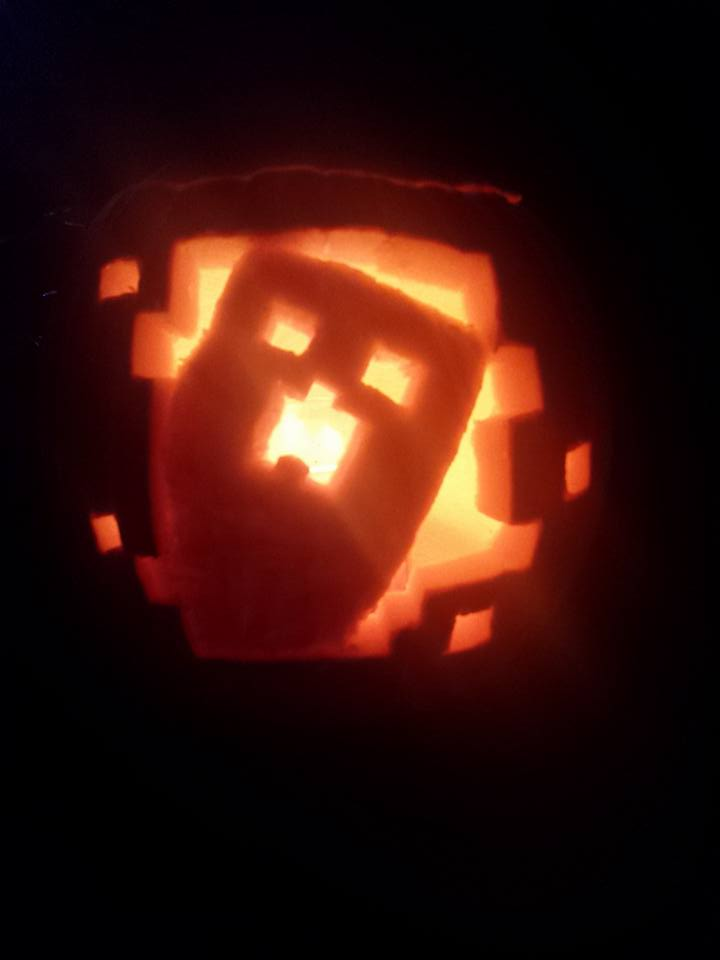 Awesome pumpkin carvings? 12063612