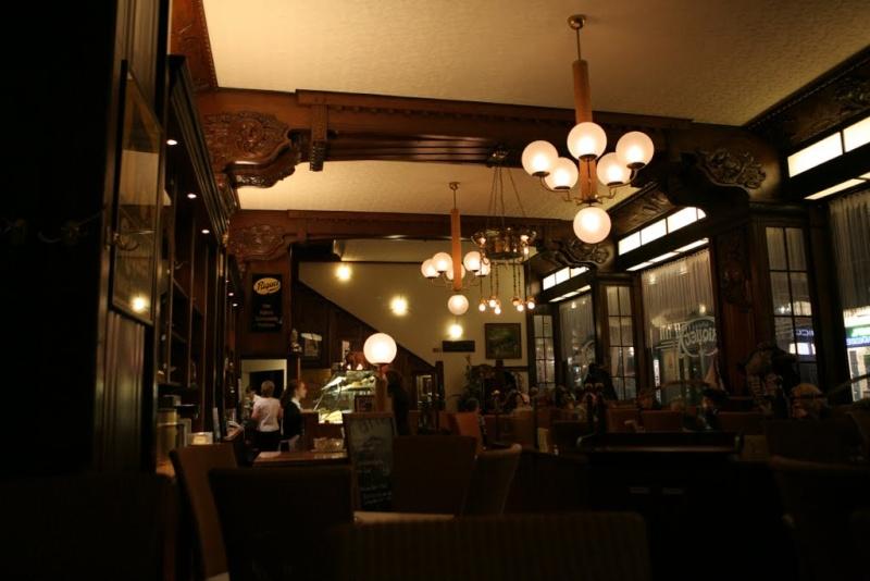 Irgendwo... weit weg von San Francisko Cafeha10