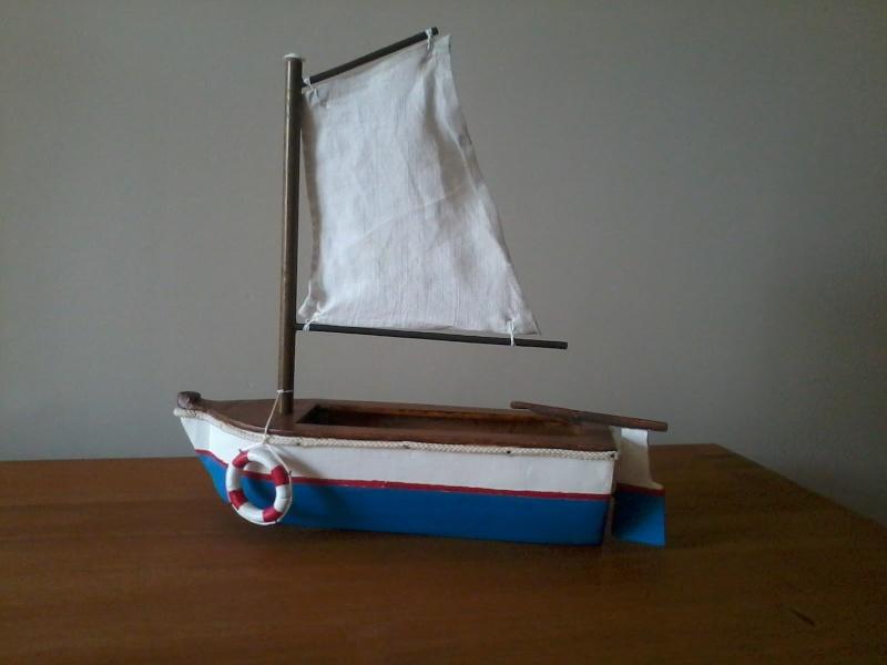 Exercice libre,petite barque à voile Premiy15