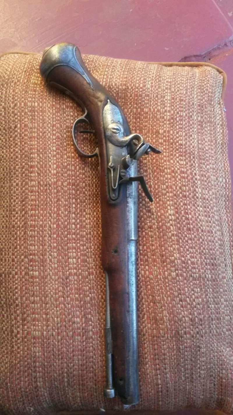 Platine silex 17 siècle (cran de sûreté et cran d'armement) - Page 2 Pistol10