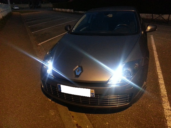 [Dan57] Laguna III.1 coupé black édition 2.0 dci 150 Lagfl_15