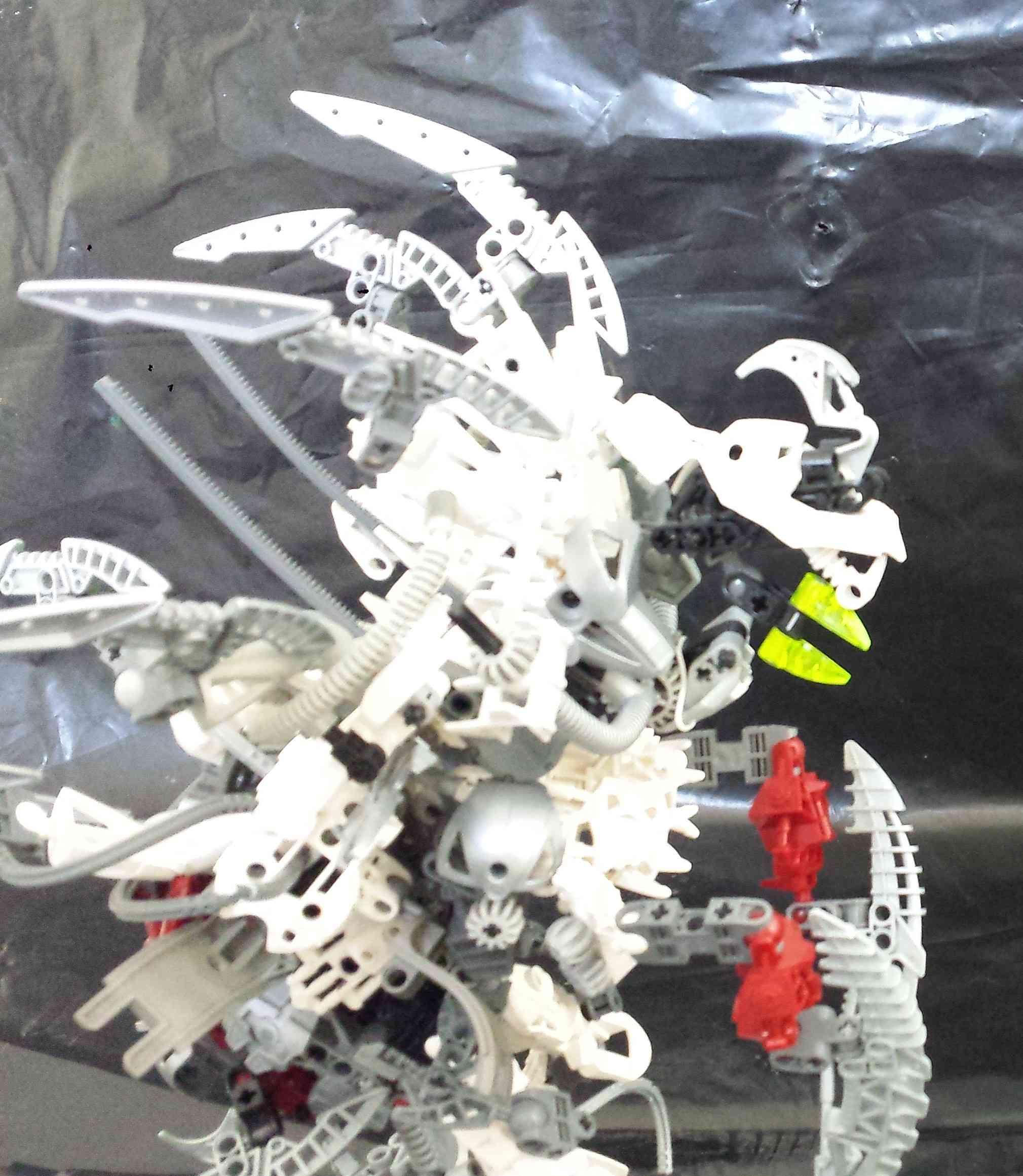 "[MOC] BIONICLE MOC - ""Amaymon"" : God Of Order 20151013"