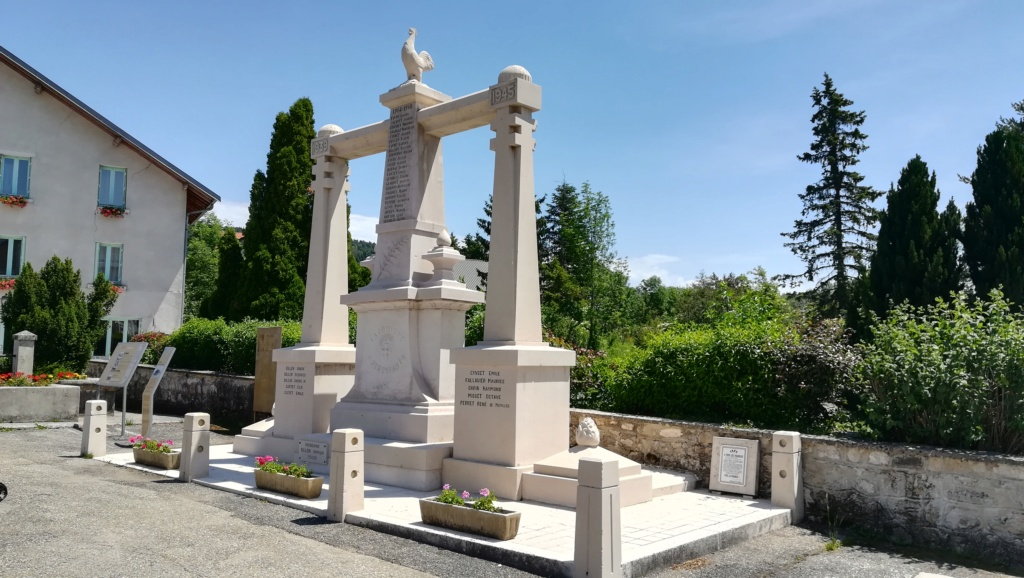 [ Histoires et histoire ] Monuments aux morts originaux Français Tome 2 - Page 18 01016