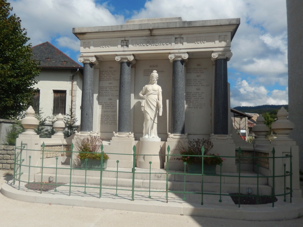 [ Histoires et histoire ] Monuments aux morts originaux Français Tome 2 - Page 18 01415