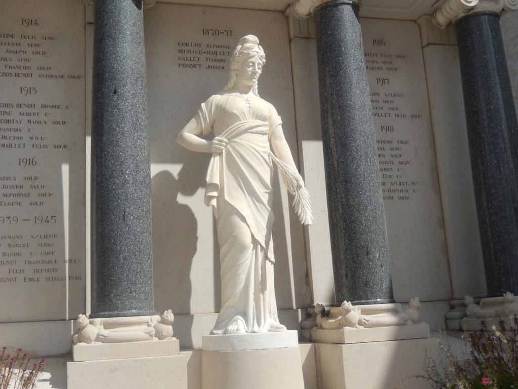 [ Histoires et histoire ] Monuments aux morts originaux Français Tome 2 - Page 18 01517