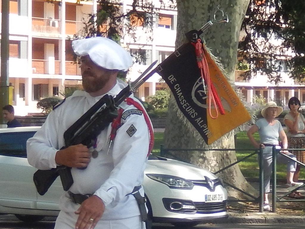 [ Histoire et histoires ] Passation de commandement au 27e bataillon des chasseurs Alpin à Annecy 01712