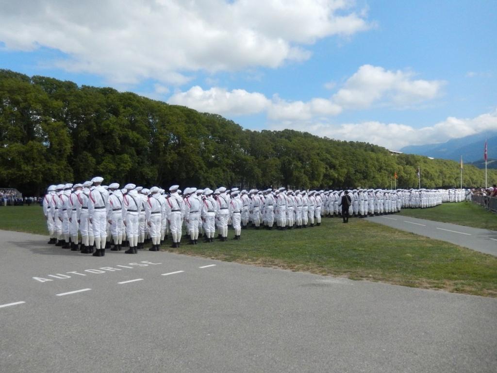 [ Histoire et histoires ] Céremonie et défilé au 27° BCA Annecy 02516