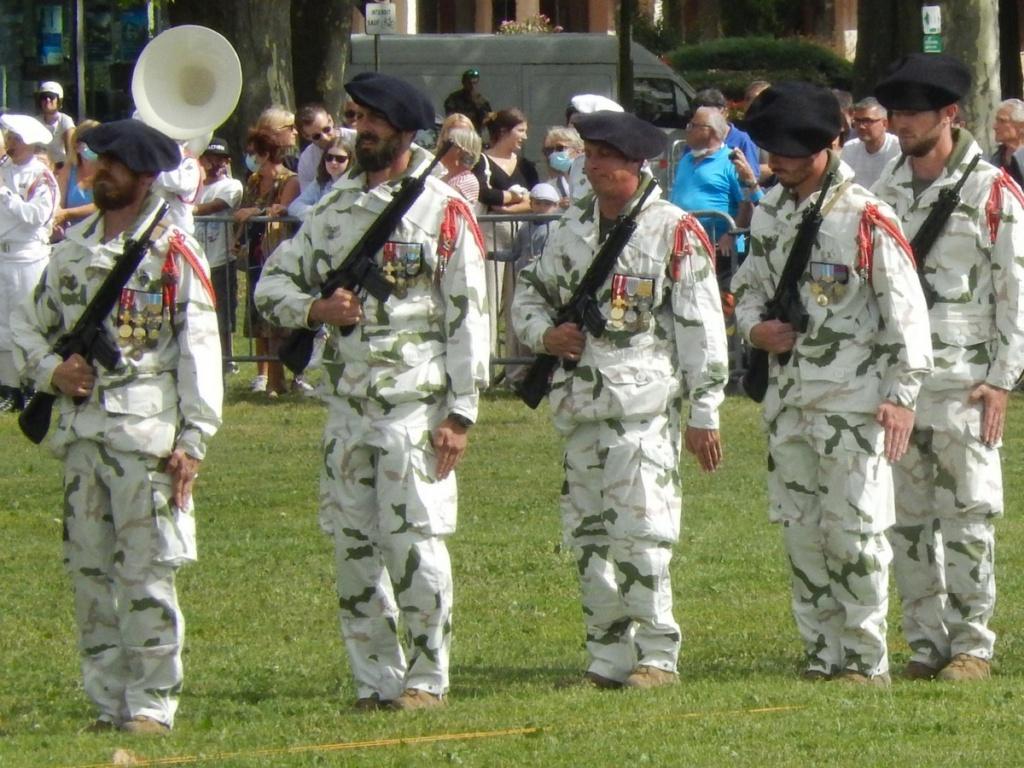 [ Histoire et histoires ] Céremonie et défilé au 27° BCA Annecy 07611