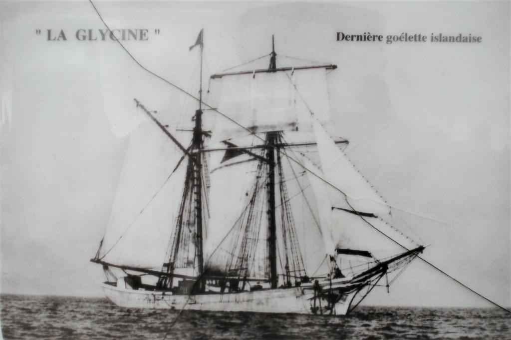 [ Histoire et histoires ] Mémoire de la pêche en Islande .Mur des disparus. 250_310