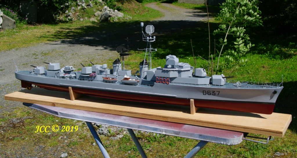 Escorteur d'escadre Surcouf T47 Imgp4311
