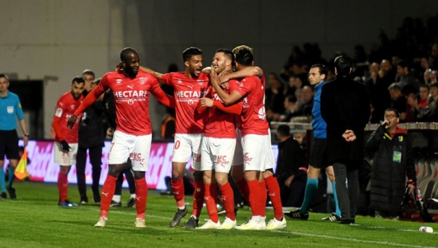 33 EME JOURNEE DE LIGUE 1 CONFORAMA : NÎMES OLYMPIQUE - GIRONDINS DE BORDEAUX  7a322710
