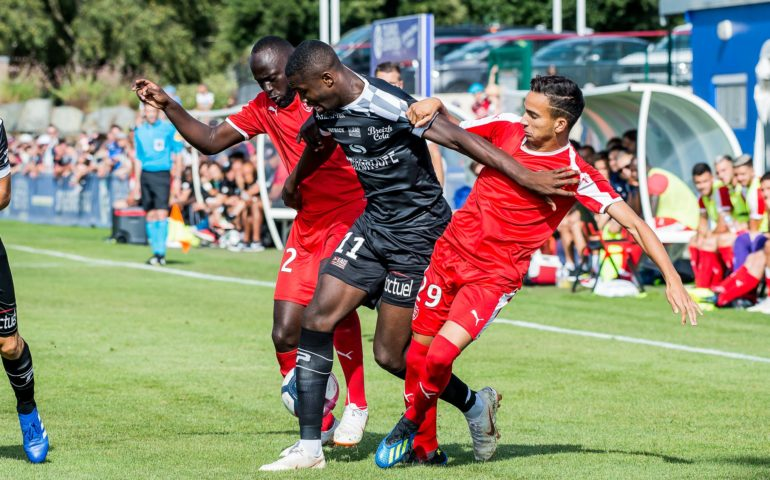 MATCHES AMICAUX 2018 - 2019 - Page 5 Img_7324