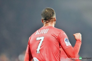 28EME JOURNEE DE LIGUE 1 CONFORAMA : AMIENS SC - NO  Img_8536