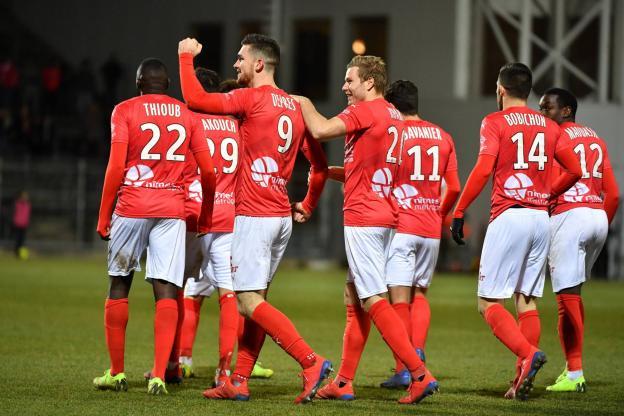 20eme journée de Ligue 1 Conforama : NO-SCO ANGERS - Page 2 Img_8719