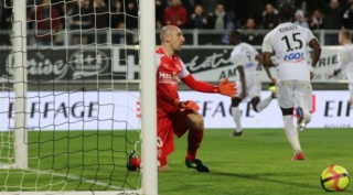 28EME JOURNEE DE LIGUE 1 CONFORAMA : AMIENS SC - NO  - Page 2 Img_8920