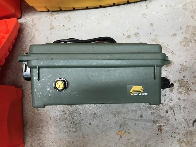 Kit Pompe shurflo 4008 (Vendu) Img_1011
