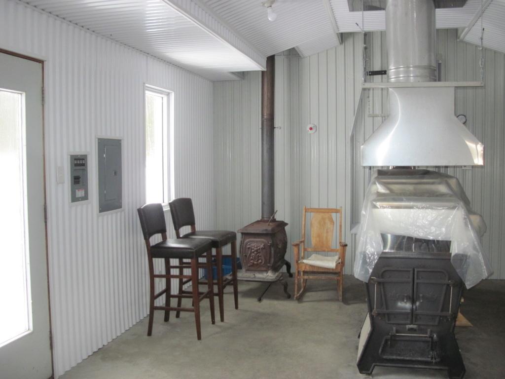 Finition interieur de cabane Img_2810