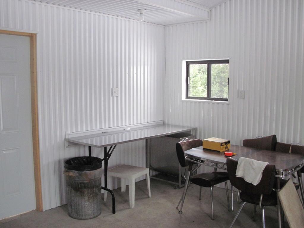 Finition interieur de cabane Img_2812