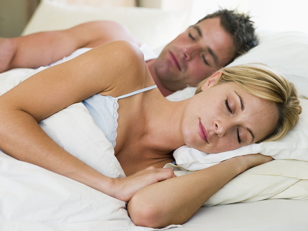 ( لماذا يحب الرجال الجماع في الدبر؟ و هل تشعر المرأة باي متعه جنسية ؟) Gender10