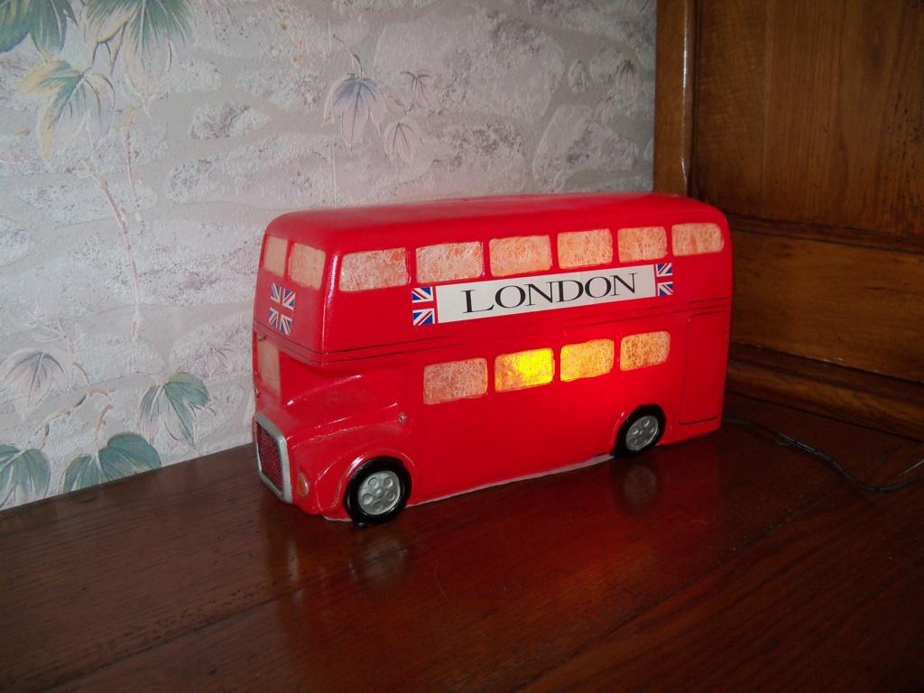 Les cars et bus miniatures déco accessoires 100_9810