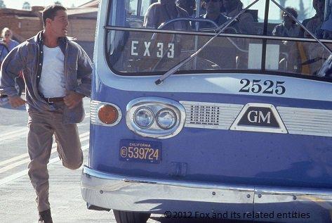 Les cars et bus miniatures - Page 16 Czv4db10
