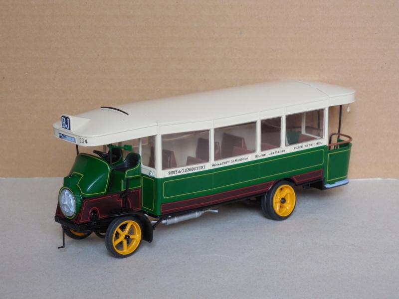 Les cars et bus miniatures - Page 11 Dscn4529