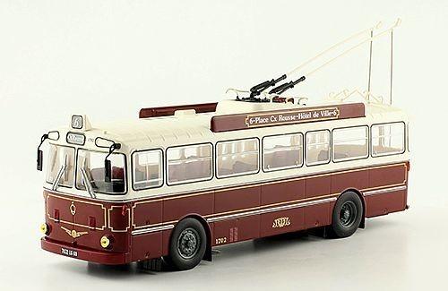 Les cars et bus miniatures - Page 16 Img-8210