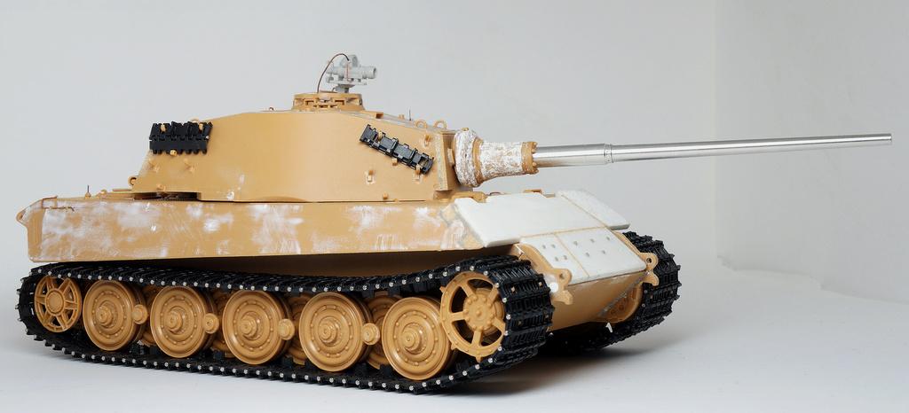 Panzerkampfwagen VI Ausf. B «Tiger II» Dsc02110