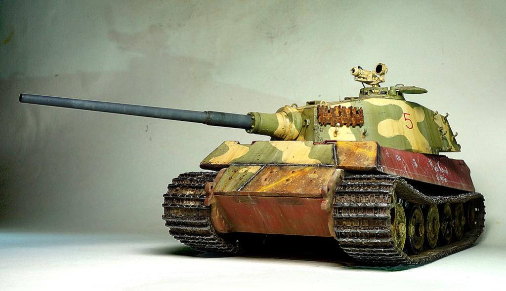 Panzerkampfwagen VI Ausf. B «Tiger II» Dsc02311
