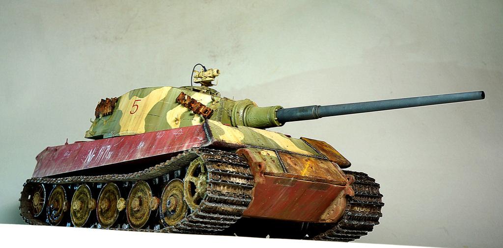 Panzerkampfwagen VI Ausf. B «Tiger II» Dsc02315