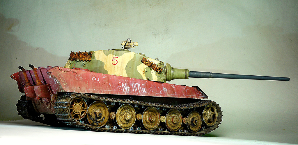 Panzerkampfwagen VI Ausf. B «Tiger II» Dsc02316