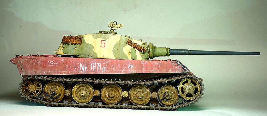 Panzerkampfwagen VI Ausf. B «Tiger II» Dsc02317