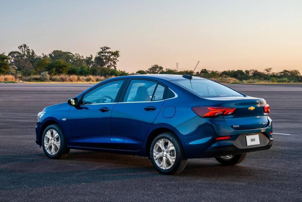 Chevrolet Onix 2020 parte de R$ 48.490; veja fotos, preços e versões 16-nov10