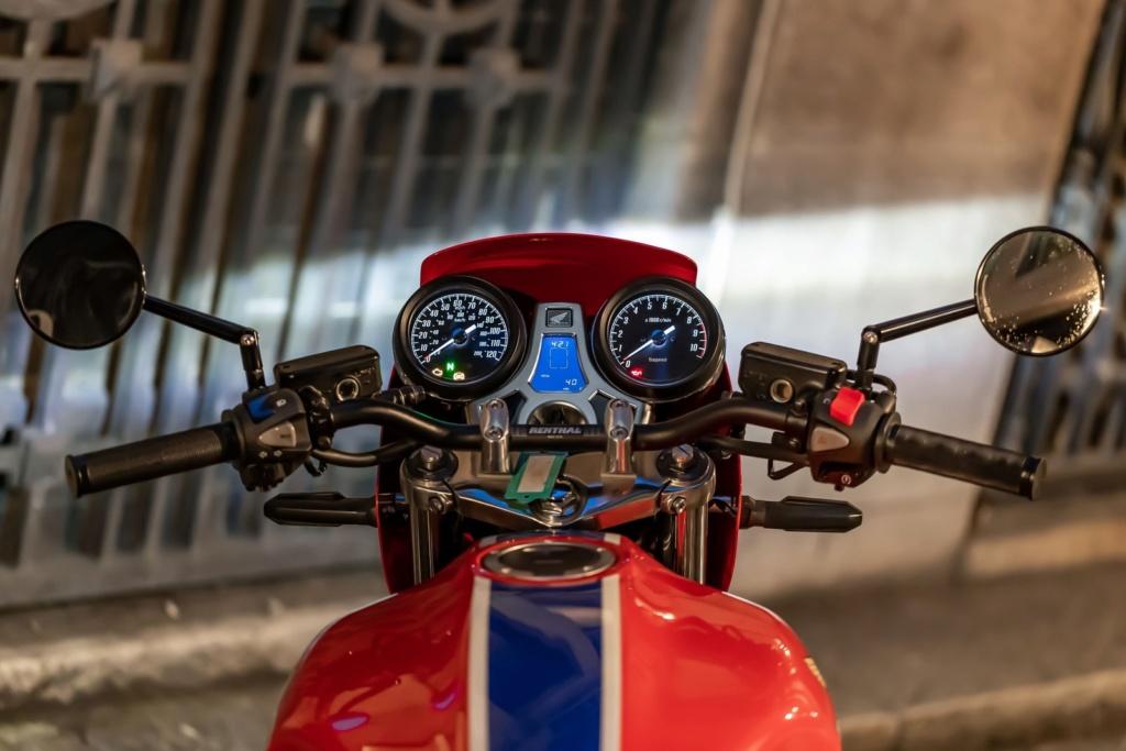 Honda lança edição limitada de 'moto dos anos 80' ao preço de R$ 80 mil 18915810