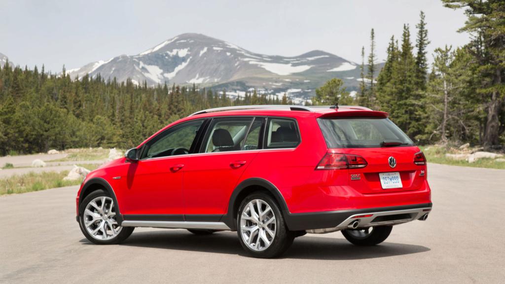 Volkswagen Golf Variant tem produção encerrada no México 2017-v11