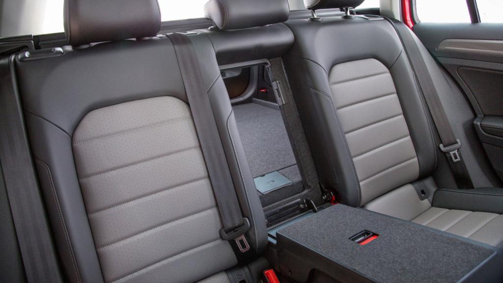 Volkswagen Golf Variant tem produção encerrada no México 2017-v15
