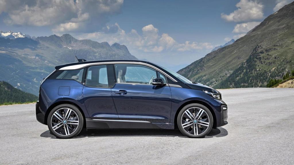 Elétrico BMW i3 ganha nova versão no Brasil por R$ 237.950 2018-b13