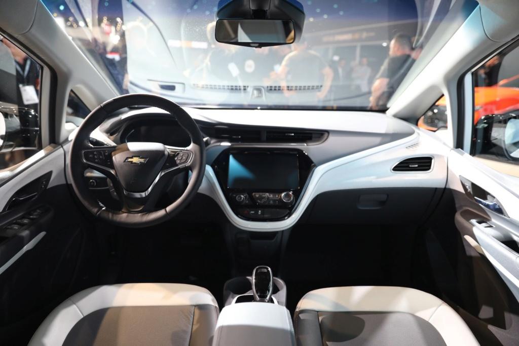 Elétrico Chevrolet Bolt começa a ser vendido no Brasil em outubro por R$ 175 mil 20181111