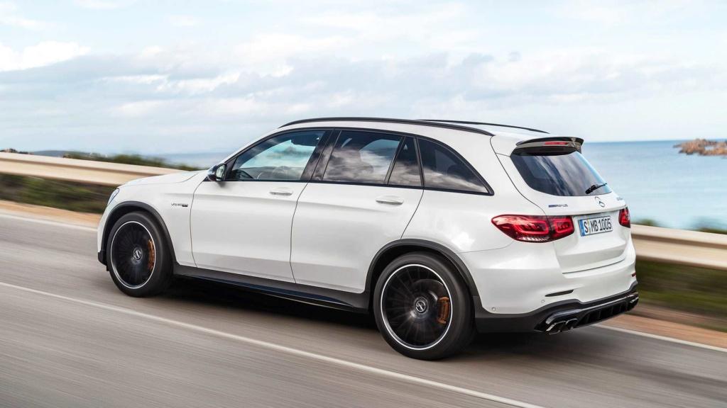 Novo Mercedes-AMG GLC 63 4MATIC+ chega às lojas por R$ 549.900 2019-m15