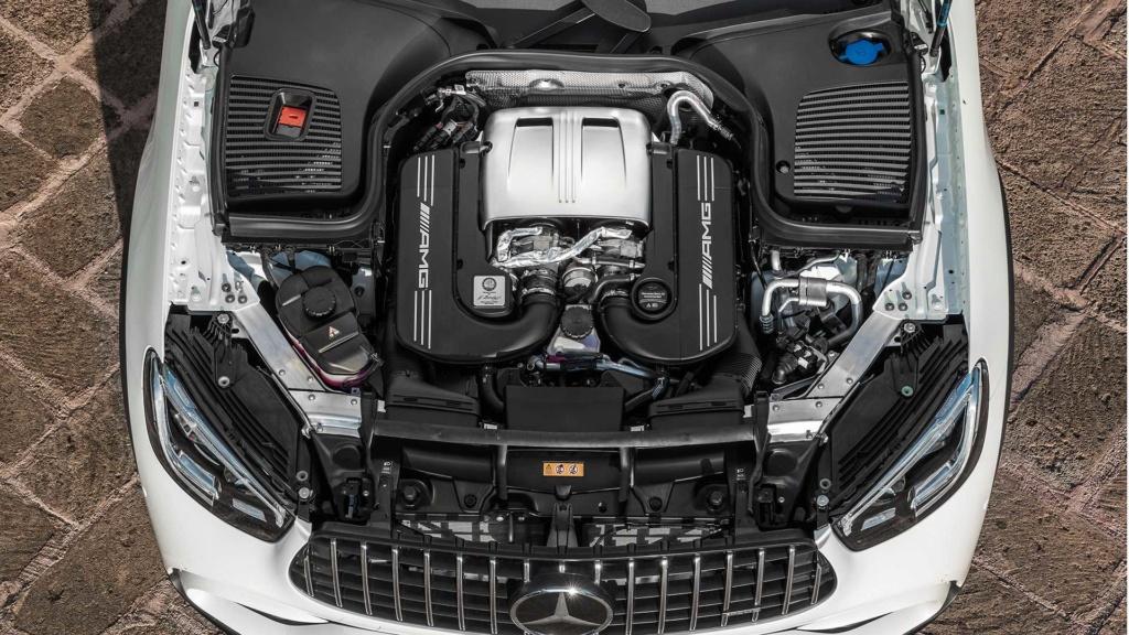 Novo Mercedes-AMG GLC 63 4MATIC+ chega às lojas por R$ 549.900 2019-m18